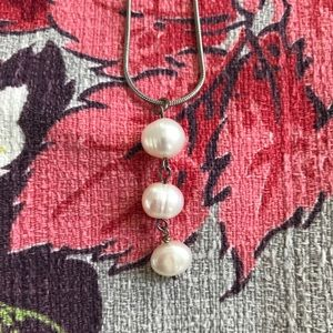 Pearl Sterling Silver Pendant Necklace